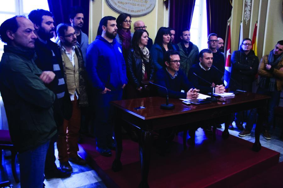Torremolinos Fotos Baile CSSP-Podemos exige que la Junta asuma el 100% de los recursos económicos  de los Planes de Empleo.