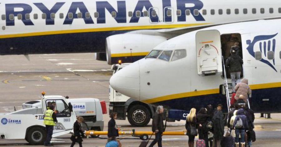Empleo Empleo Ryanair reclutará tripulantes de cabina en abril y mayo en varias ciudades de España