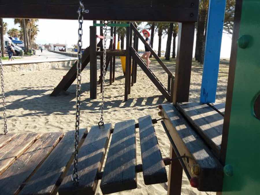 Torremolinos Torremolinos Los socialistas no sustituirán los parques infantiles deteriorados de Torremolinos