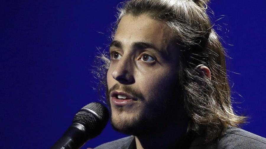Actualidad Noticias Salvador Sobral: 'Amar pelos dois', de Portugal, canción ganadora de Eurovisión 2017