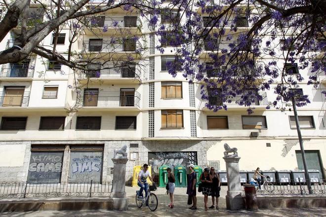 Málaga Málaga El 'señuelo' Banderas o el negocio del Astoria