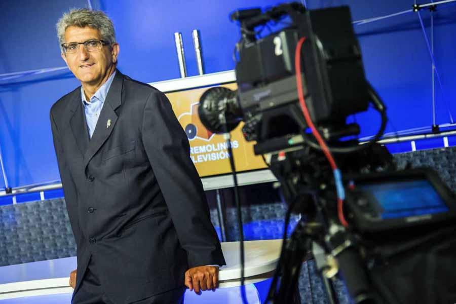 Torremolinos Torremolinos El periodista y profesor de la UMA, Juan Tomás Luego, toma posesión como director gerente de Torremolinos Televisión