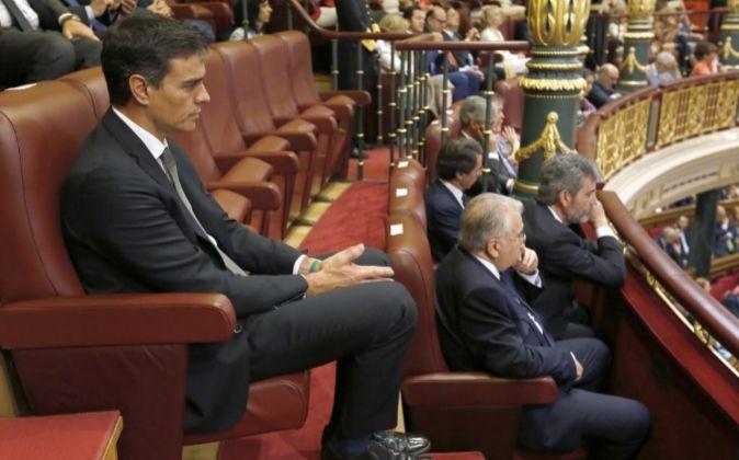 Actualidad Noticias Las últimas decisiones de Pedro Sánchez han hecho perder votos al PSOE, según un sondeo