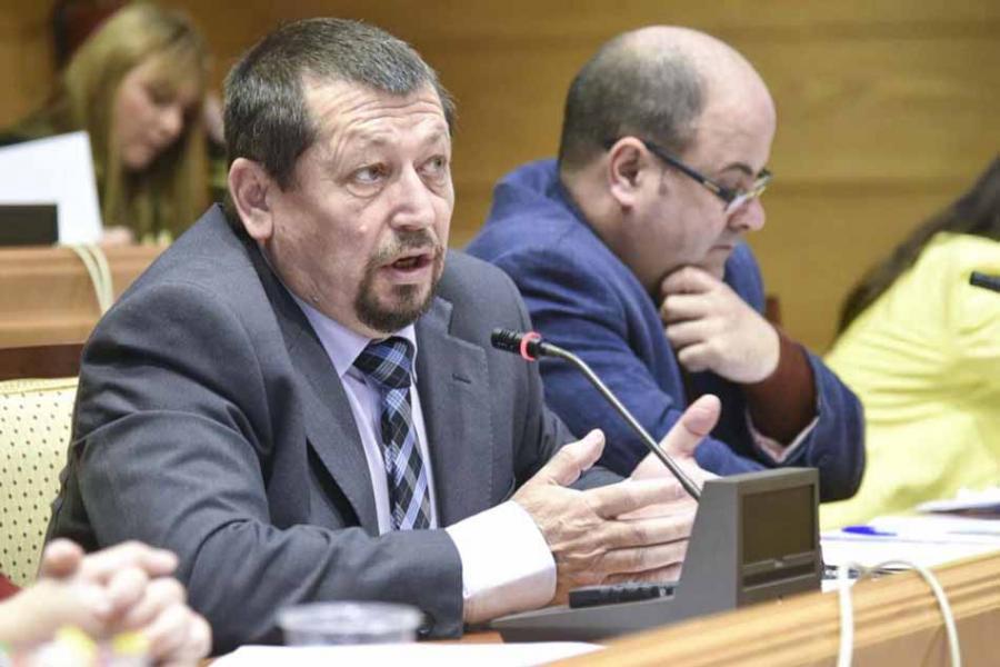 Torremolinos Torremolinos El concejal Pedro Pérez da la cara a los vecinos por el tema de las ayudas ilegales de Fernández Montes