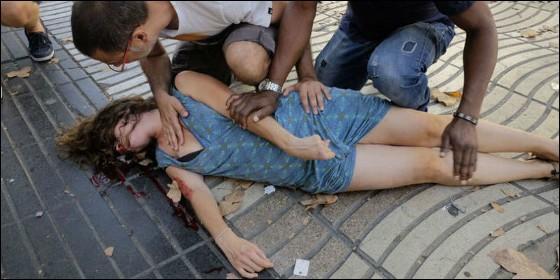 Actualidad Noticias El terrorista islámico se ha atrincherado con rehenes en un bar turco de La Rambla