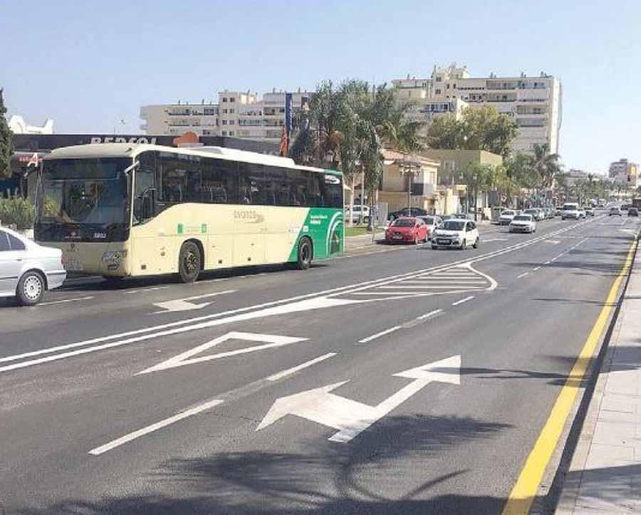 Torremolinos Torremolinos Las nuevas señalizaciones sobre el asfalto en Avenida Carlota Alessandri confunden a los conductores y puede crear accidentes