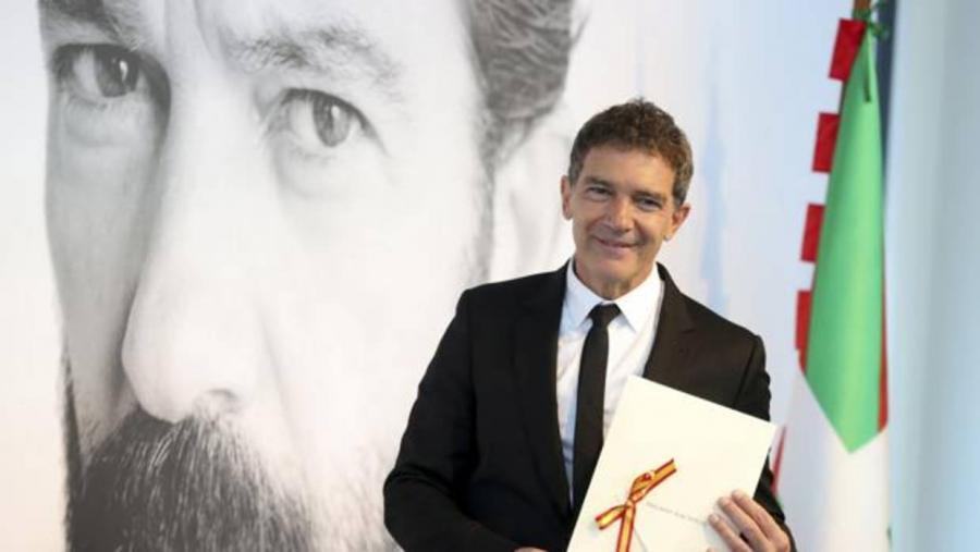 Actualidad Noticias Antonio Banderas hará su proyecto escénico en el Teatro Alameda de Málaga