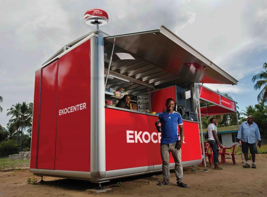 Tecnología Tecnología Ekocenter, el quiosco modular que lleva agua, luz e internet a las zonas más pobres del planeta