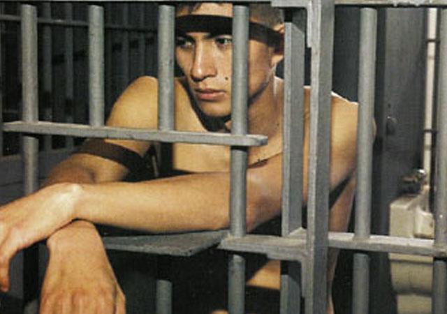 Gays Gays ¿Cómo es ser un esclavo gay en la cárcel?
