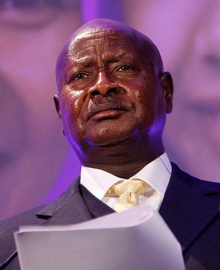 """Sexo Sexo El presidente de Uganda quiere prohibir el sexo oral: """"La boca es para comer"""""""