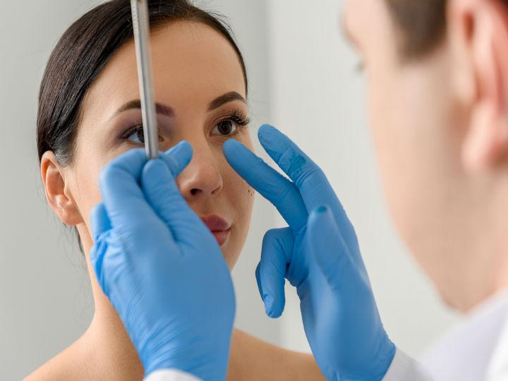 Estetica Estetica Cirugías estéticas más populares en mujeres y sus riesgos