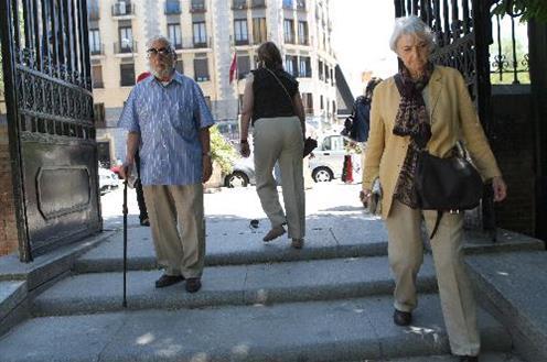 Tercera Edad Tercera Edad La nómina de pensiones contributivas alcanza los 8.985 millones de euros en mayo