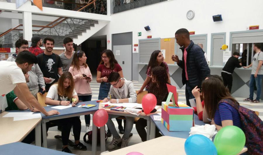 Andalucía Andalucía 2.452 millones para apoyar a los jóvenes