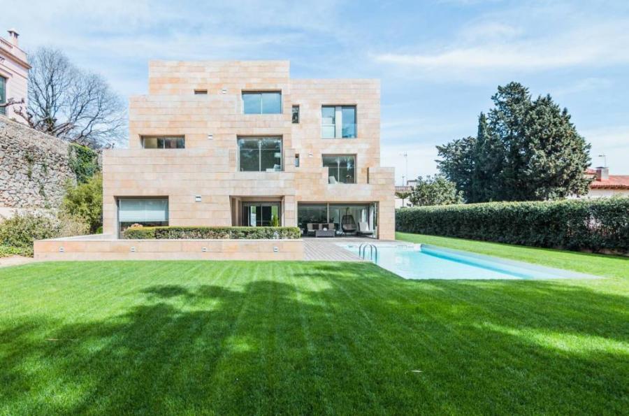 Vivienda Vivienda Un rico ruso vende por 10 millones su casa de Pedralbes, una de las cinco más caras.
