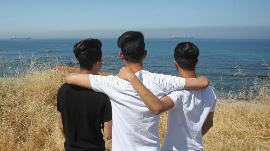 Gays Gays Gays, sin papeles y marroquíes: «Antes nos quemamos vivos que volver»