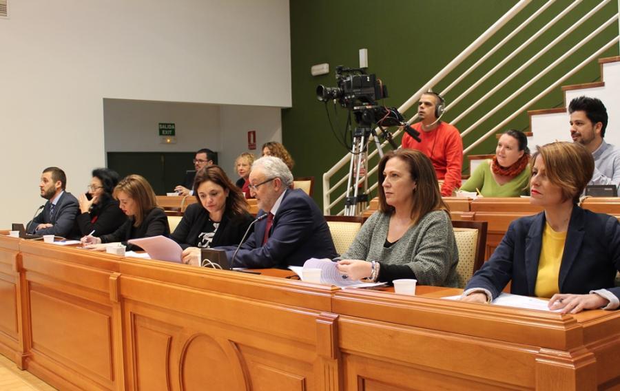 Torremolinos Torremolinos Aprobadas las tres mociones presentadas por el PP en el pleno de junio