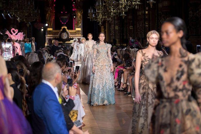 Moda Moda Mujer Schiaparelli defiende su colección Alta Costura como un objeto de arte