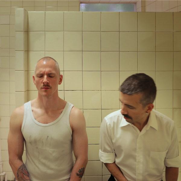 Gays Gays Museo en Berlín expone serie de fotografías de sexo gay en baños públicos