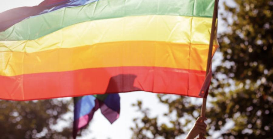 Gays Gays Denuncian una agresión a una persona transexual en un local de ocio de Madrid