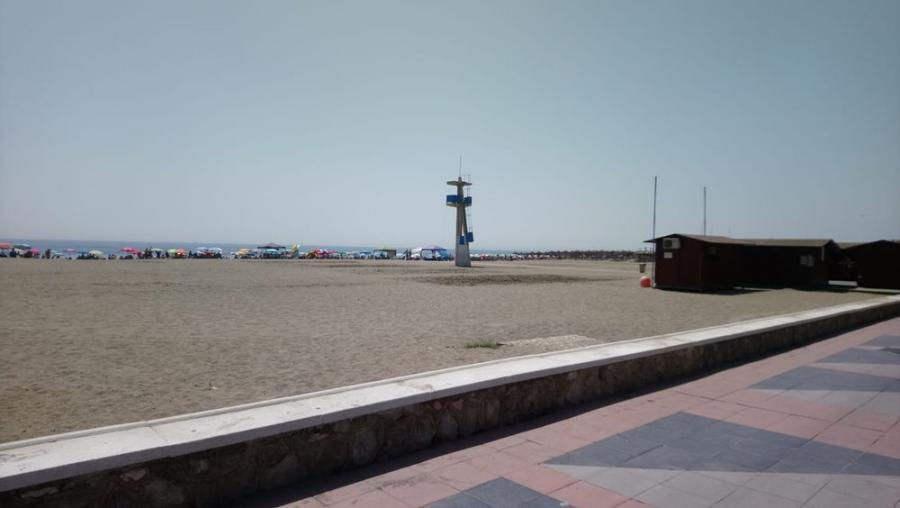 Torremolinos Torremolinos El PP exige que el equipo de gobierno haga visibles las banderas informativas de playa de forma urgente