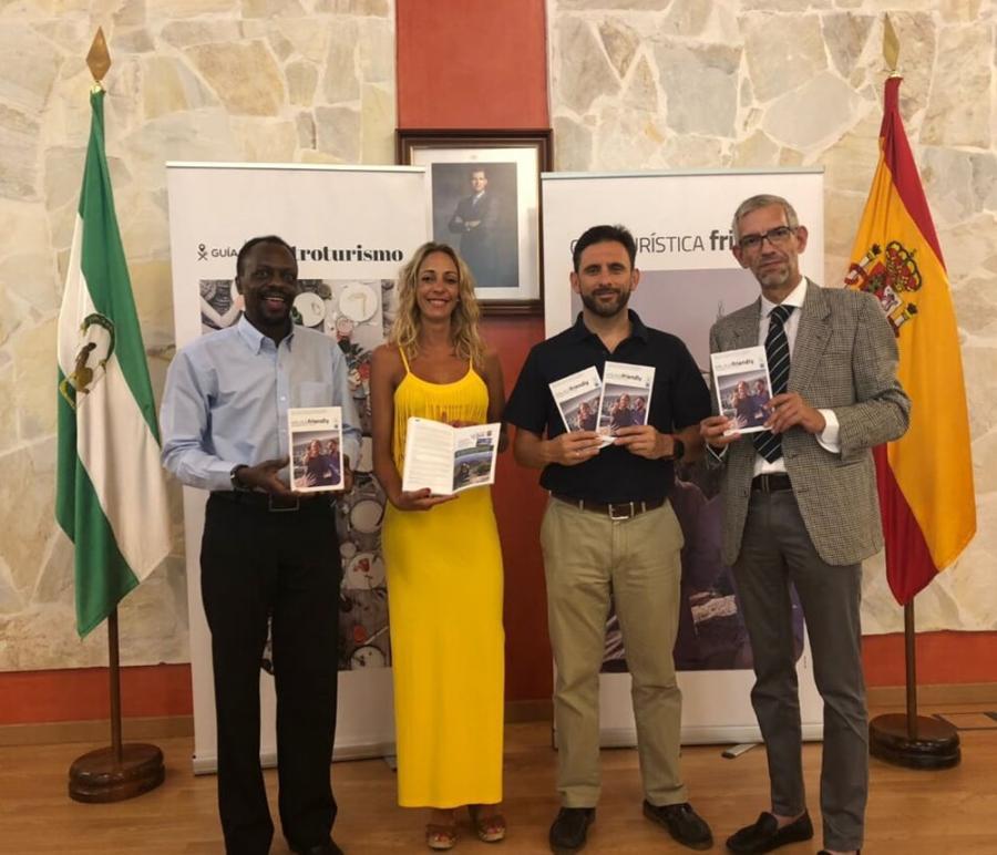 Gays Gays Presentada la Guía del Turismo Friendly y Gastronómica de Málaga y provincia 2018/2019 en Ojén