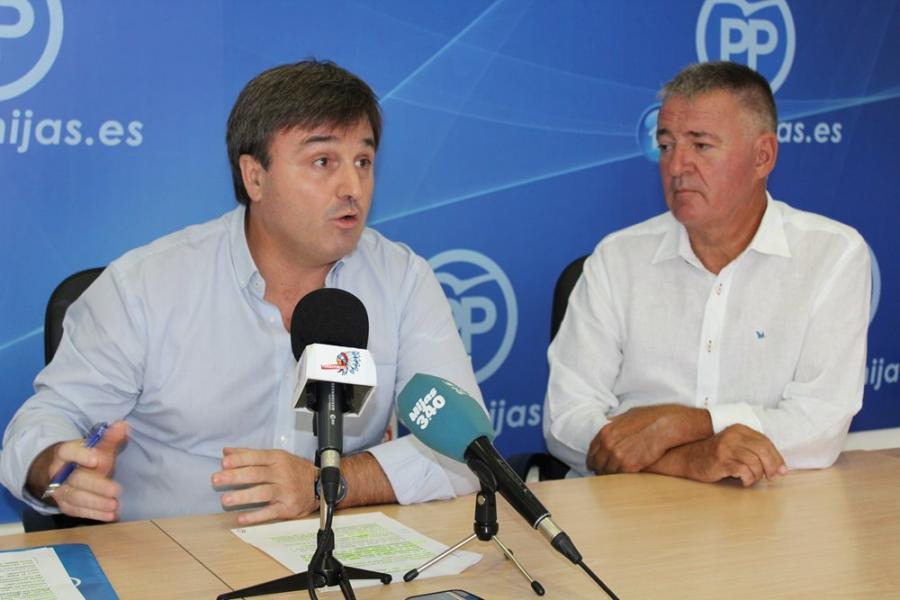 """Málaga Málaga El PP denuncia el """"ensañamiento"""" del PSOE con la provincia de Málaga por la subida de impuestos"""
