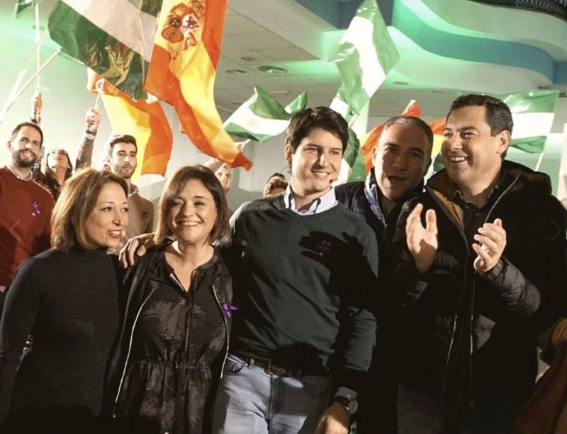 Torremolinos Torremolinos Juanma Moreno desgrana en Torremolinos la batería de propuestas del PP para la juventud basadas en la formación, el empleo y la vivienda