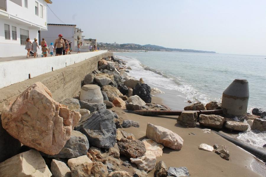 Ayuntamientos Ayuntamientos El PP de Mijas reivindica su Plan de Estabilización de Playas como única solución al problema de arena del litoral