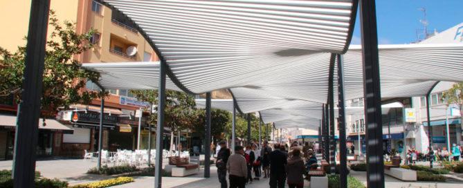 Encuestas Encuestas ¿Cumple con sus expectativas la peatonalización de la plaza Costa del Sol y del centro urbano de Torremolinos?