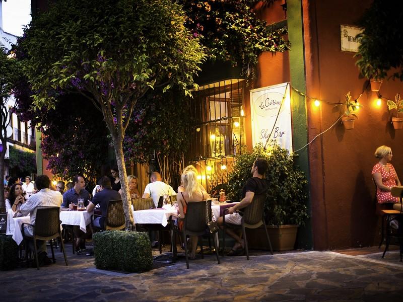 Málaga Málaga La Costa del Sol albergó 13.159 empresas turísticas en 2018