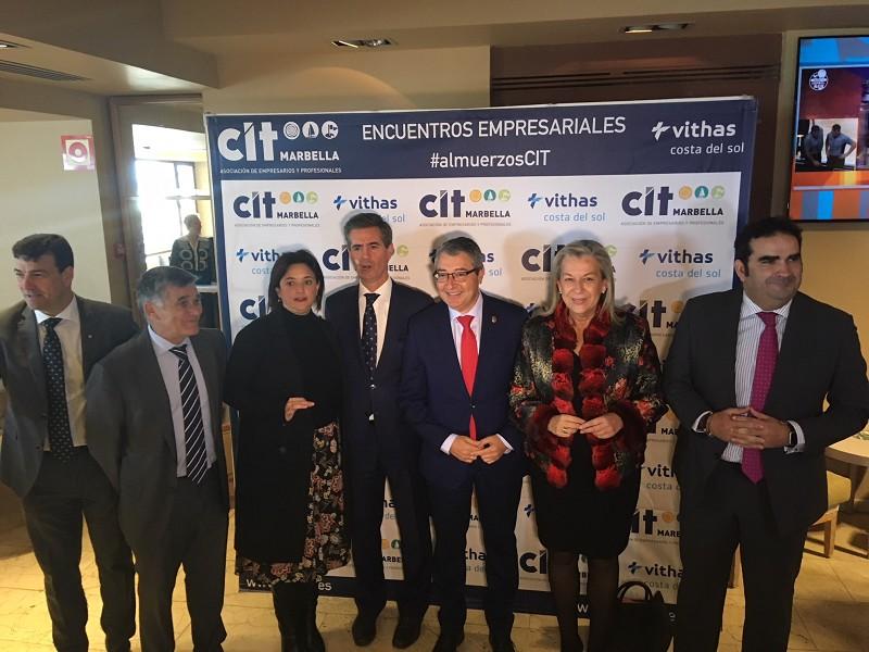 Málaga Málaga Salado plantea estudiar la reforma de la A7 y aumentar el uso del transporte público en la Costa del Sol hasta la llegada del tren litoral
