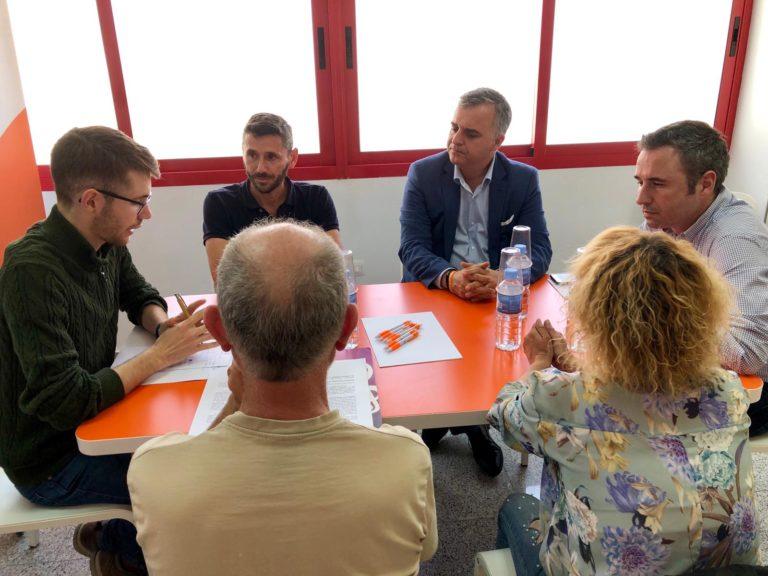 Málaga Málaga Ciudadanos se compromete a buscar el consenso para impulsar reformas legales que acaben con el maltrato y el abandono animal
