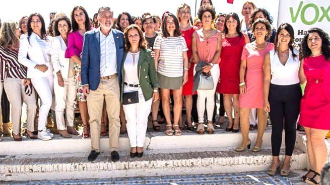 """Actualidad Noticias El periódico digital Okdiario.com destapa el presunto """"turbio pasado laboral"""" de la candidata de VOX en Marbella, Rosa María Calvente"""