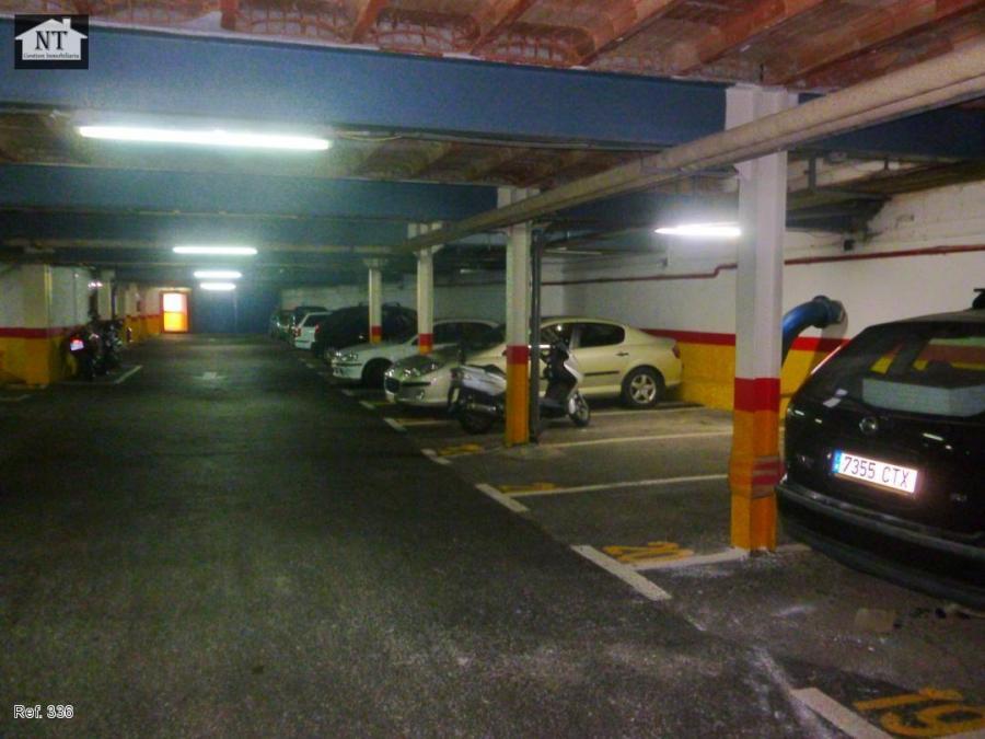 Andalucía Andalucía Los conductores andaluces destinan al aparcamiento regulado 0,78 euros al mes menos que la media nacional