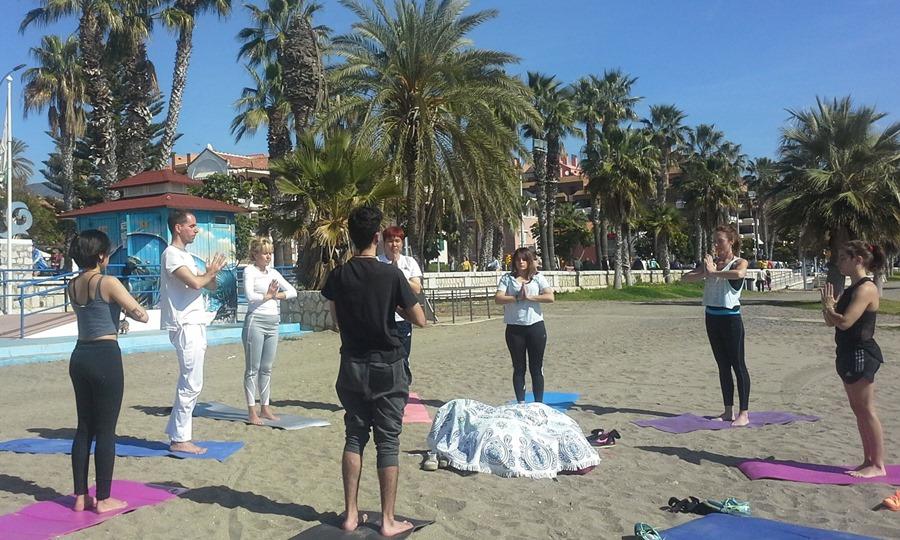 Salud Salud Día Internacional del Yoga: cinco razones por las que practicar este deporte te cambiará la vida
