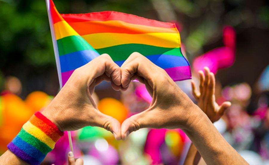 Sexo Sexo El 70% de los españoles considera que el colectivo LGTBIQ ha contribuido a que la sociedad disfrute de una sexualidad más libre