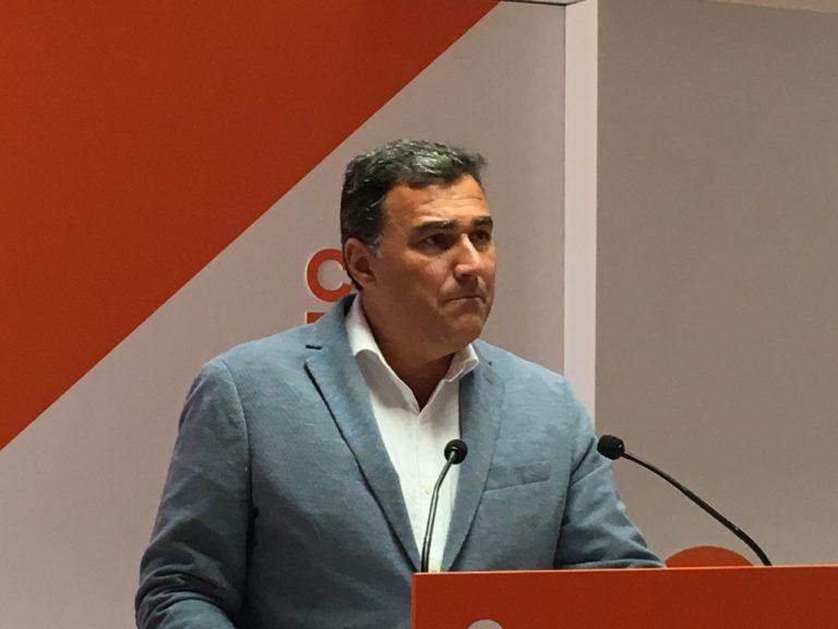 """Empleo Empleo Hernández White: """"Nunca un Gobierno Andaluz había estado tan centrado en la creación de empleo como este de Cs y PP"""""""
