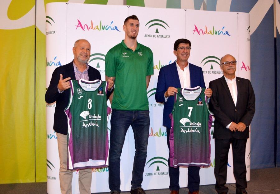 Deportes Deportes El club Unicaja Baloncesto de Málaga volverá a difundir la marca del destino Andalucía en Europa