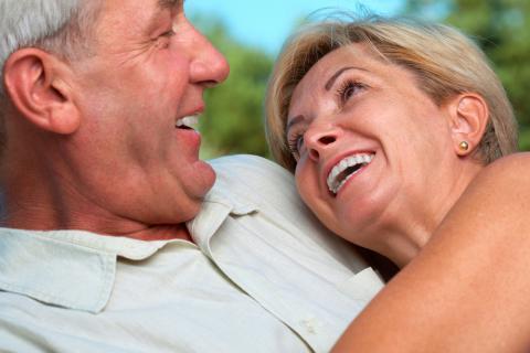 Salud Salud Rompiendo mitos: el sexo no termina al llegar la menopausia