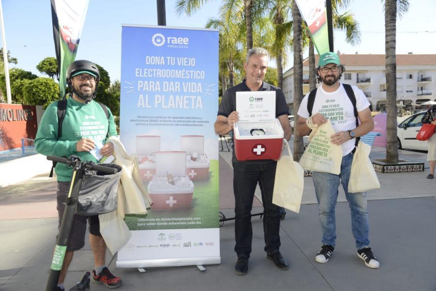 Torremolinos Torremolinos Una campaña de reciclaje de residuos eléctricos y electrónicos recorre Torremolinos