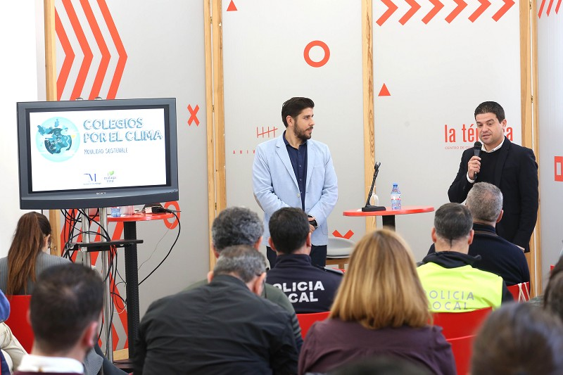 Ecologia Ecologia La Diputación pone en marcha una iniciativa para reducir el uso de vehículos privados en los desplazamientos a colegios e institutos