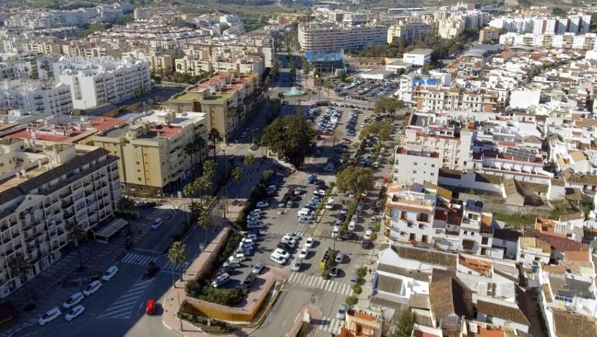 Ayuntamientos Ayuntamientos El Ayuntamiento de Estepona tramitará una nueva licitación del proyecto del bulevar, exclusivamente con el área comercial y la de ocio