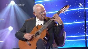 Torremolinos Torremolinos El guitarrista venezolano afincado en Torremolinos Efraín Silva llega a la semifinal de 'Tierra de Talentos' de Canal Sur