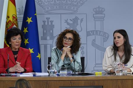España España El Gobierno remite un requerimiento al Gobierno de Murcia para que retire el 'pin parental' a los centros educativos