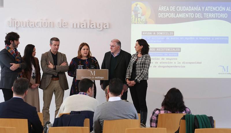Ayuntamientos Ayuntamientos La Diputación de Málaga destinará este año más de 44 millones de euros en ayudas directas a los vecinos de la provincia