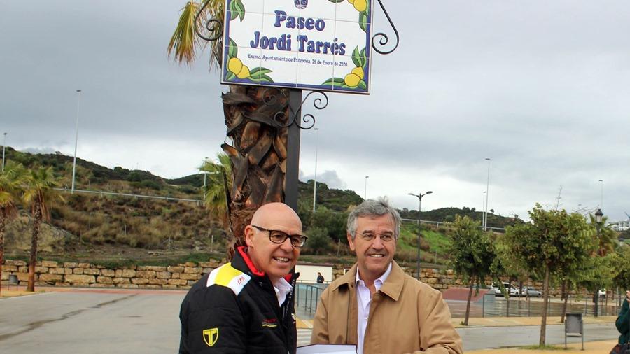 Ayuntamientos Ayuntamientos El Ayuntamiento de Estepona reconoce al campeón mundial de trial Jordi Tarrés con un vial en el Parque Ferial y Deportivo de Estepona