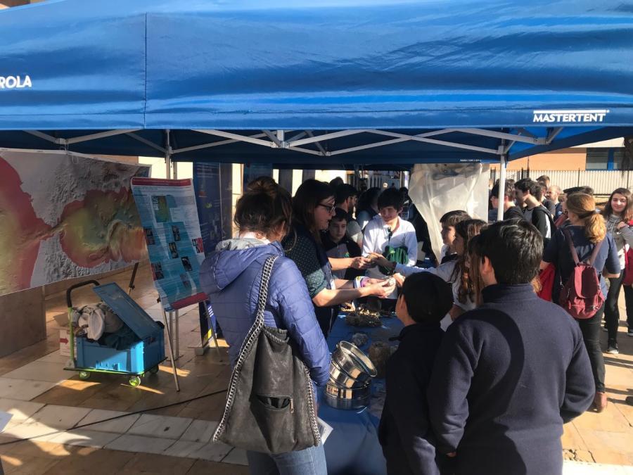 Ayuntamientos Ayuntamientos Centenares de escolares fuengiroleños participan en las jornadas de concienciación sobre Medio Ambiente organizadas por el Ayuntamiento