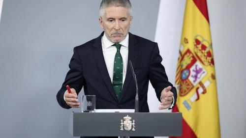 España España Marlaska anuncia la subida del sueldo a Guardia Civil y Policía el mismo día de la dimisión del DAO de la Benemérita