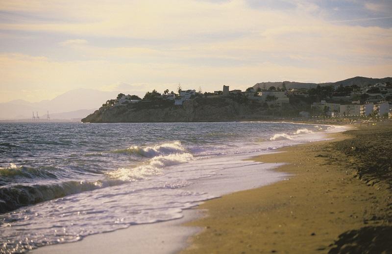Málaga Málaga La UMA y Turismo Costa del Sol ponen en marcha una APP para controlar el aforo de las playas