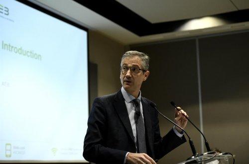 """Empleo Empleo El Banco de España avisa de que una desescalada """"prematura"""" puede causar una menor recuperación del empleo"""